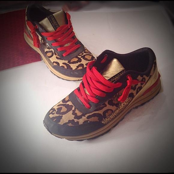 7b52a783cbfdb Sam Edelman Dax Leopard Leather Sneakers. M 5b9f2290c2e88ea4e0ade335